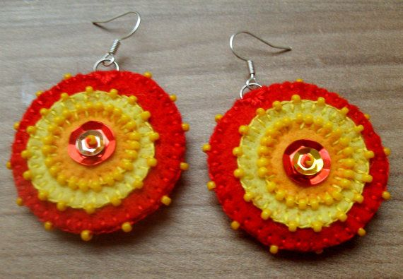 Fireplace++bead+embroidered+felt+earrings+by+grabacoffee+on+Etsy