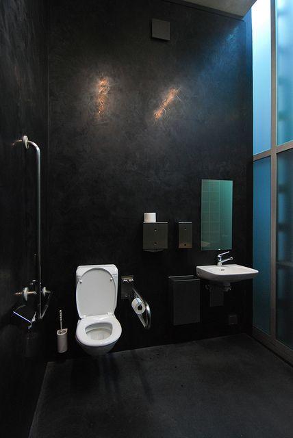 kunsthaus bregenz, austria / peter zumthor | interiors, decor, Badezimmer