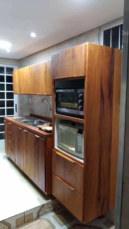 Cozinha Planejada Em Madeira De Demolicao Peroba Rosa E Interior
