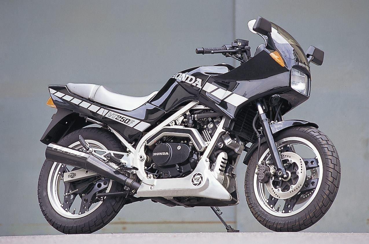 Pin By Miki1000 On 単車達 Honda Bikes Classic Motorcycles Honda