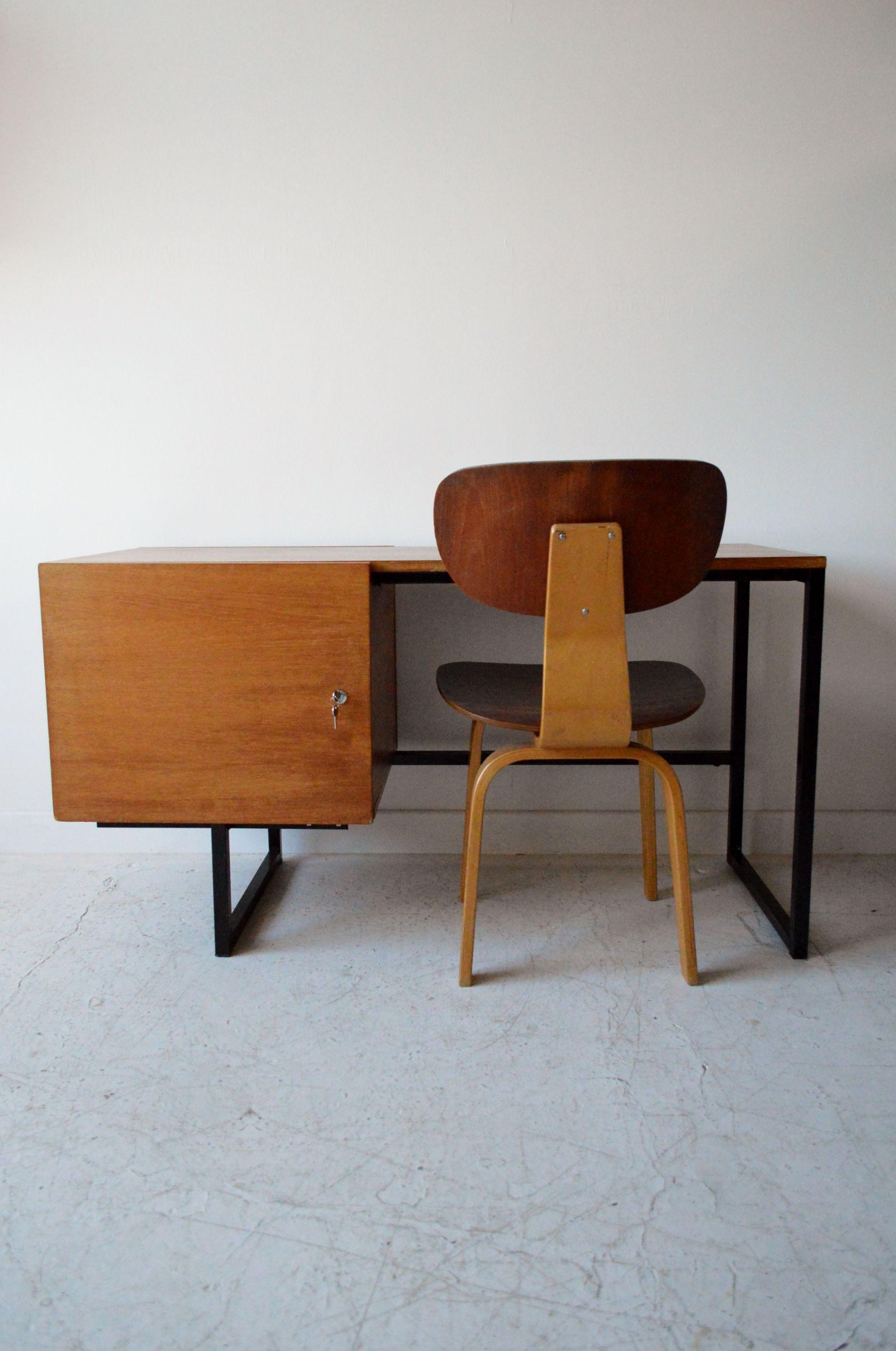 Guariche style 1960s Dutch desk, from www.osimodern.com #midcentury #desk
