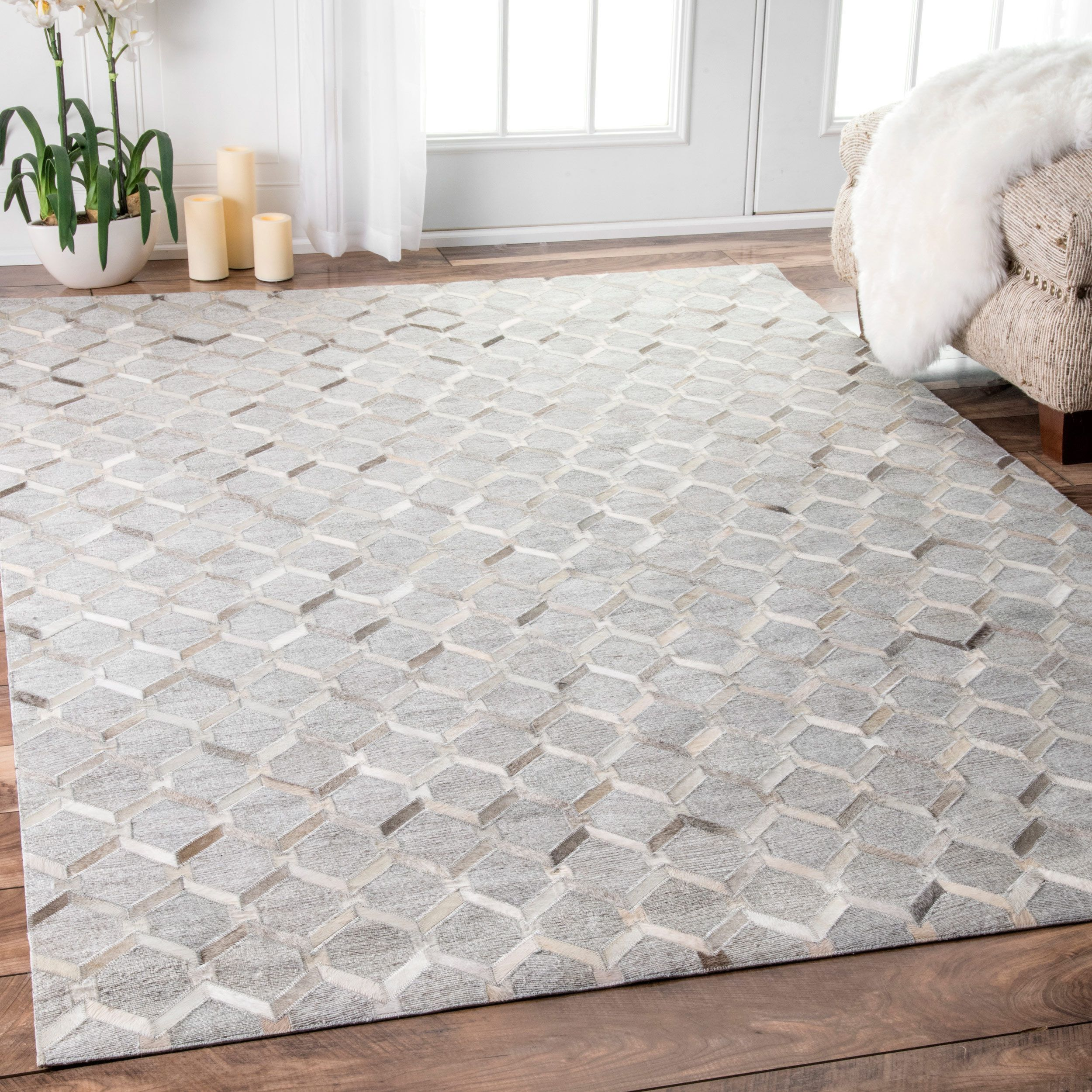 Awesome Bring An Elegant Look Into Your Home With This Premium Quality Leather And  Viscose Area Rug