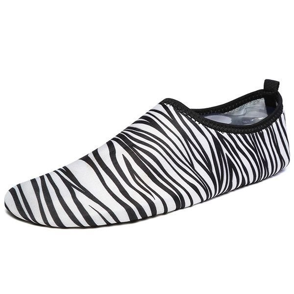 Large Size Colorful Pattern Swimming Yoga Sport Shoes