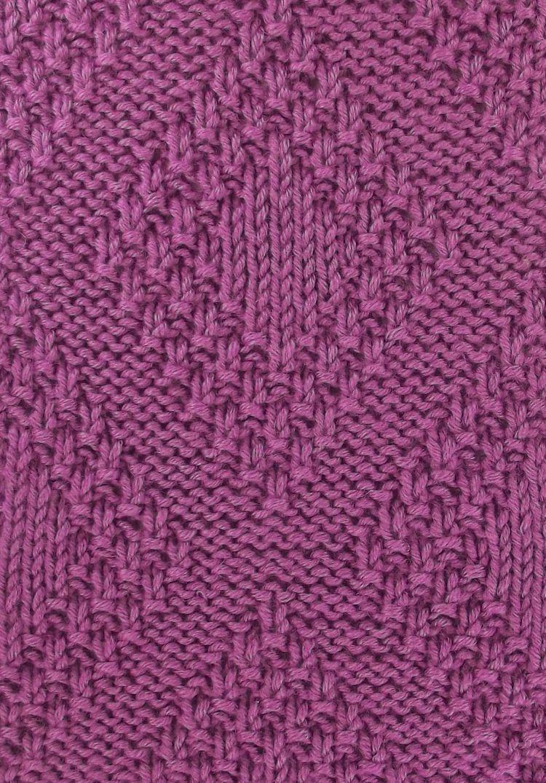 Moss Bordered Diamonds a versatile stitch; it\'s reversible. Found in ...