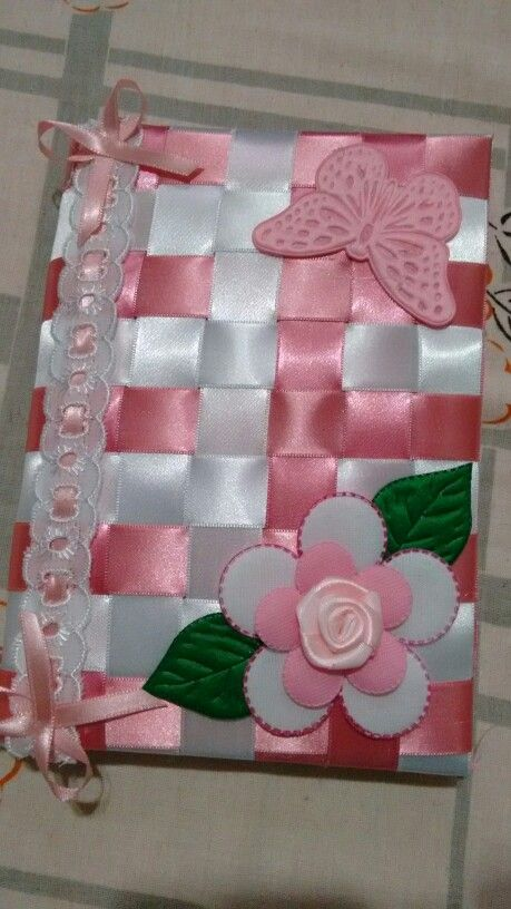 Caderno decorado com fitas