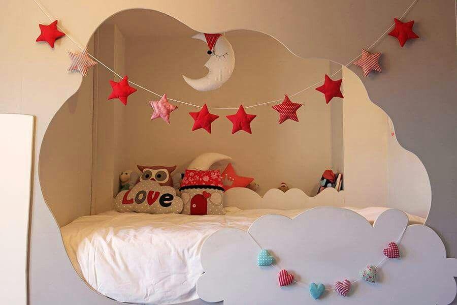 Dormitorio de Carlota con artículos de Graymoon!