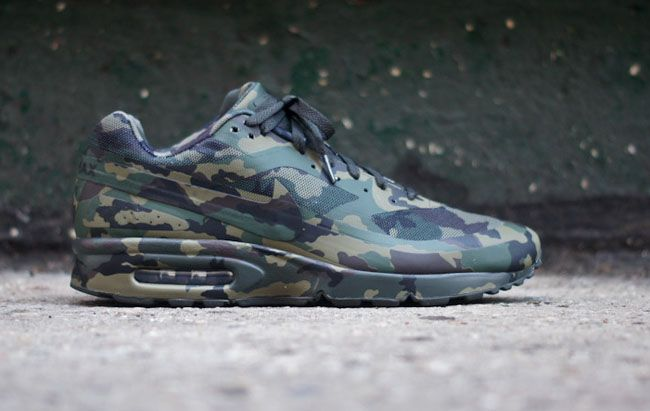 """Air Max Camouflage Collection – Nike Air Classic BW """"France"""