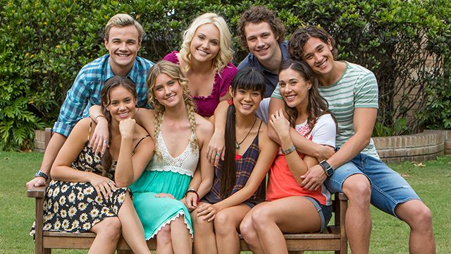 Mako island pictures mako mermaids h2o just add water for H2o just add water cast