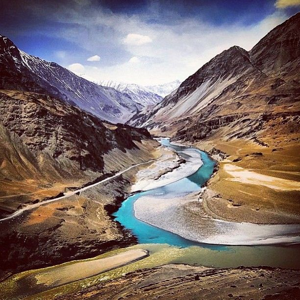 Leh India The Sangam Of Indus Zanzakar Rivers Someone Give Me A Year Of Paid Holiday Pls Asia Travel Places To Go Places To Travel
