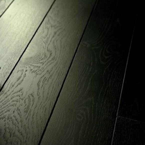 Vintage Pure Black Laminate Flooring 12mm V Groove Bathroom