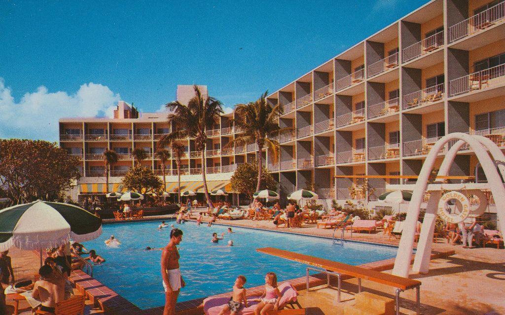 Golden Gate Hotel Motel And Villas Miami Beach Florida