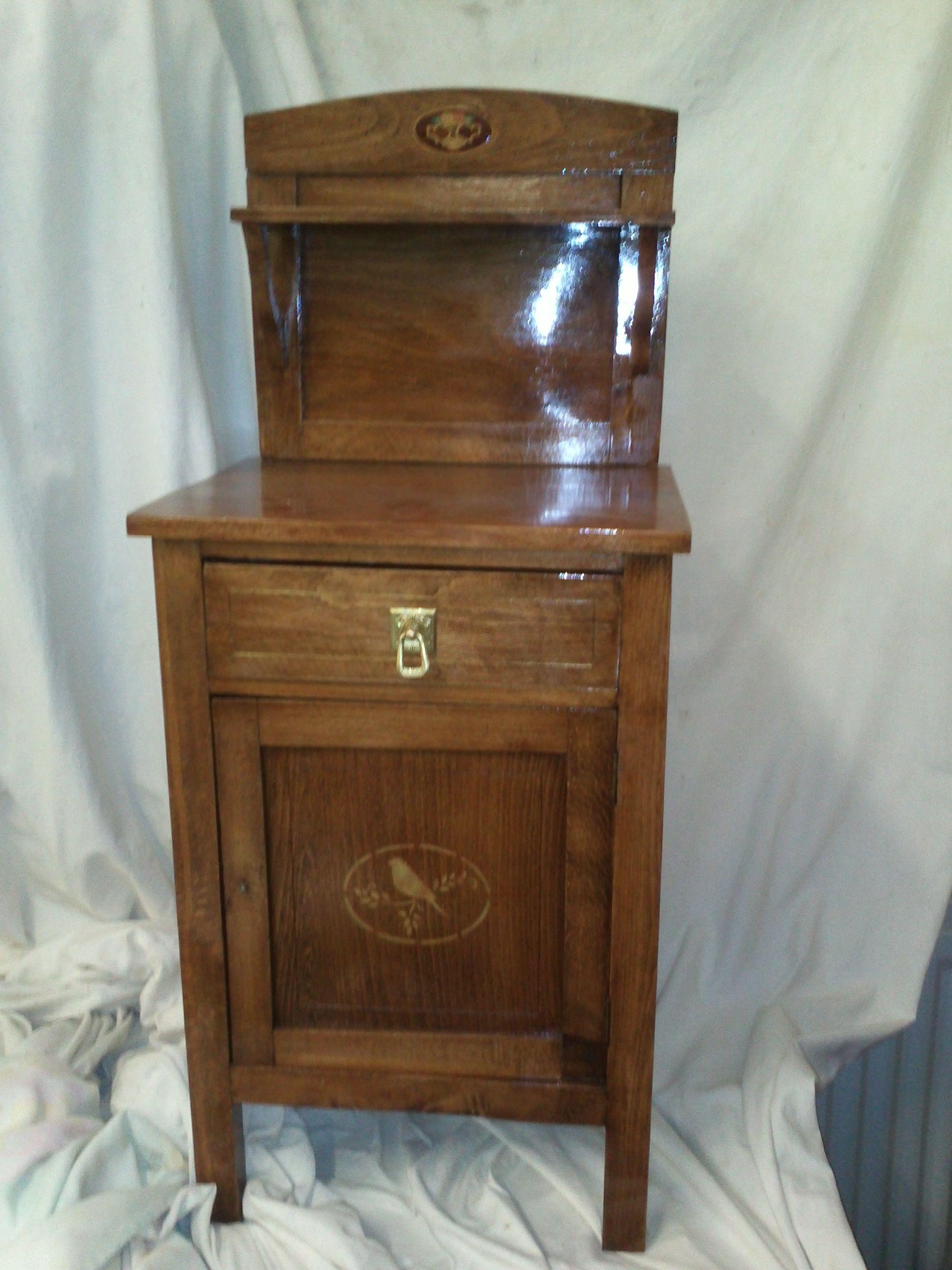 Mesita de noche restaurada como original muebles restaurados pinterest mesita de noche - Mesita noche original ...
