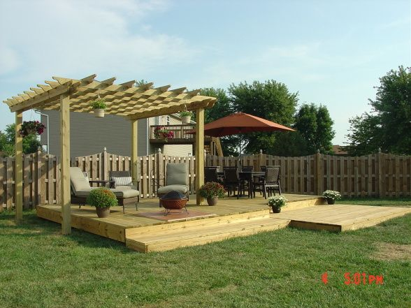 Small backyard decks yard 16x24 free standing deck for Wood deck designs free