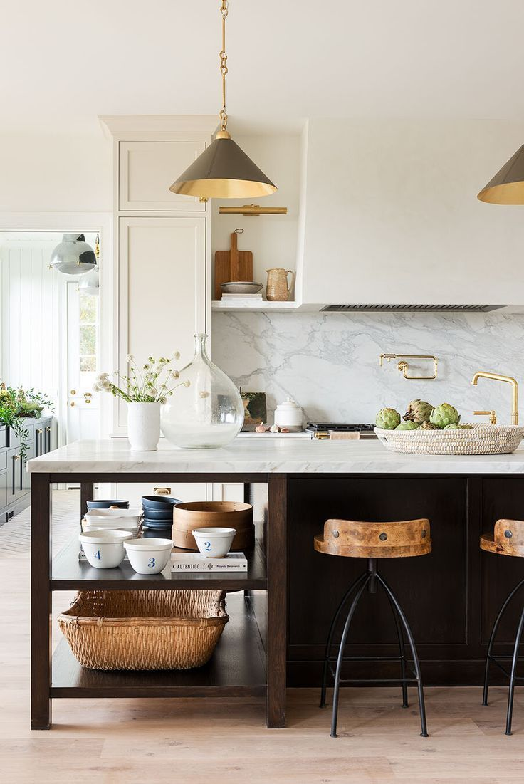 How To Pick The Right Barstools & Counter Stools   Studio McGee ...