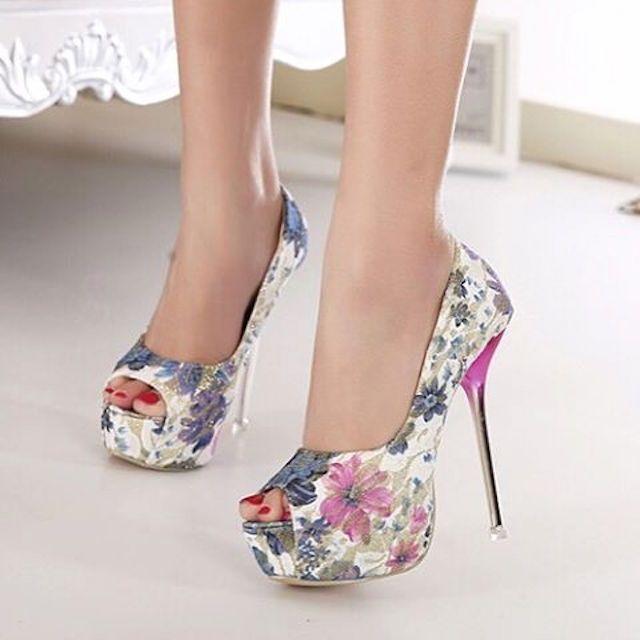 Cute #fashionista #shoeporn #sandals #shoestagram #stiletto #shoeselfie #shoeaddiction