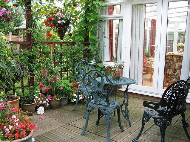 on marvelous way patio decorating full a of large size outdoor interior kelly stylish small view along ideas budget the