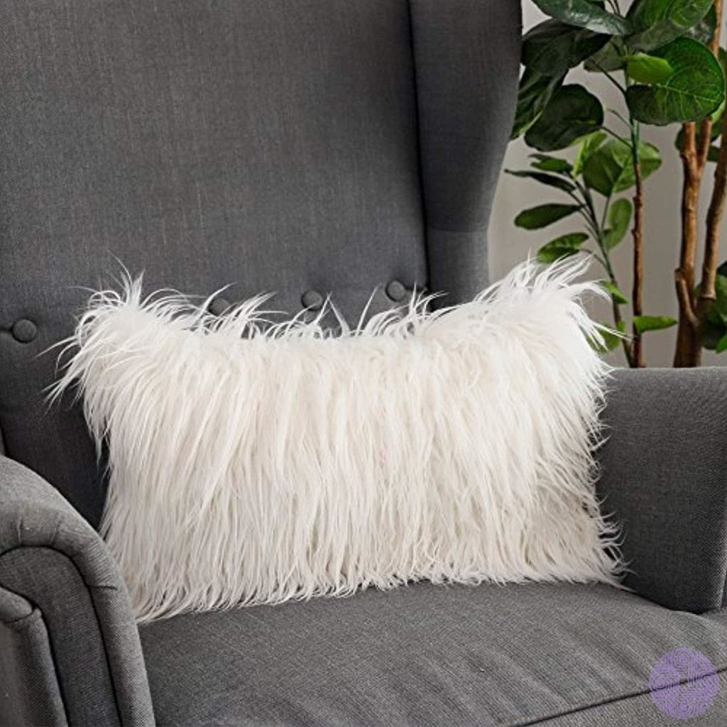 51 Luxury Living Rooms And Tips You Could Use From Them: Lananas Luxury Soft Plush Faux Fur Throw Pillow Covers For