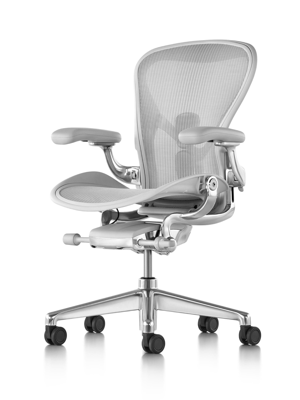 Aeron Chair In 2020 Aeron Office Chair Modern Office Chair Office Chair