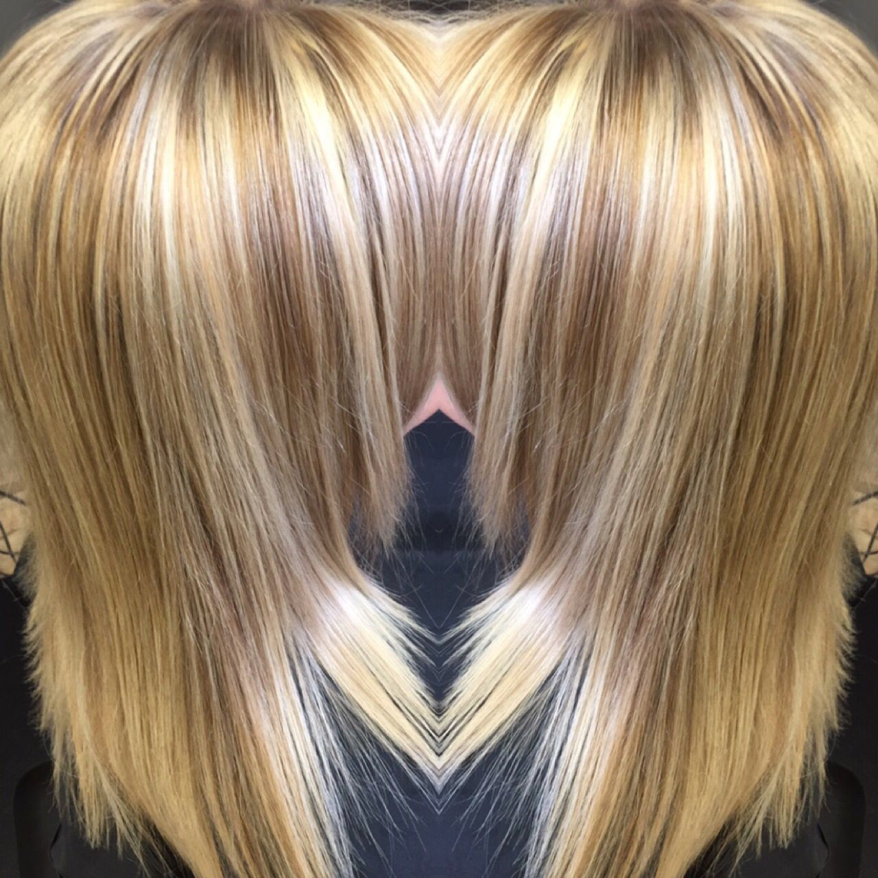 Kenra Lightener Mixed 1 1 Ratio With 30 Volume Developer And Olaplex 8gb Mixed 1 1 Ratio With 20 Volume D Hair Color Formulas Blonde Hair Color Honey Blonde