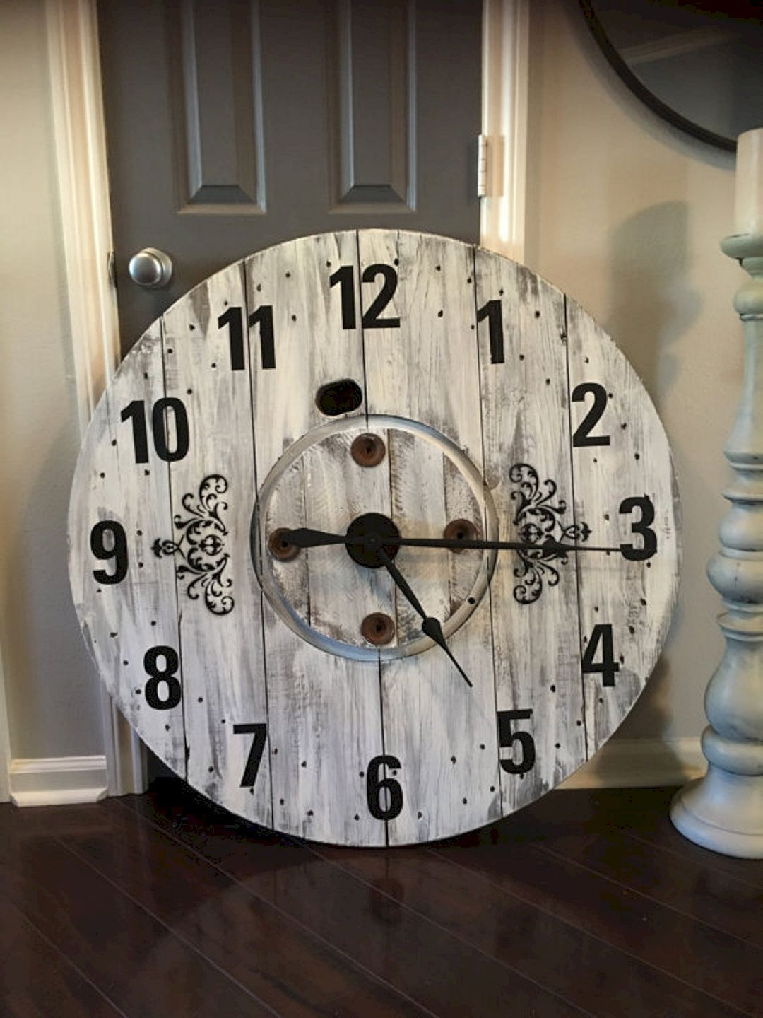 14 Marvelous Rustic Costal Home Decorating Ideas: Marvelous Diy Recycled Wooden Spool Furniture Ideas For