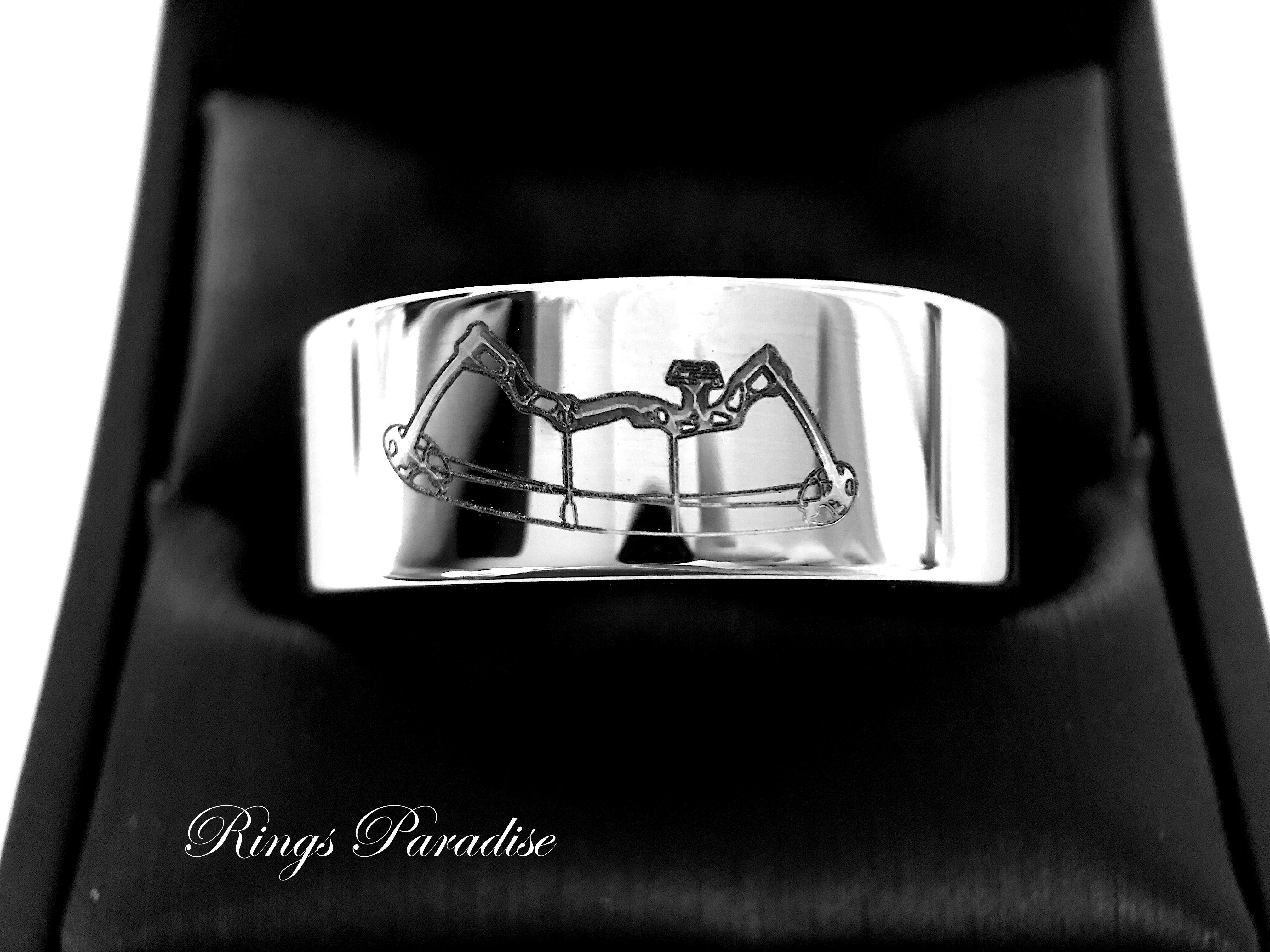 Archery Pattern Engraved Tungsten Ring, Mens tungsten Ring