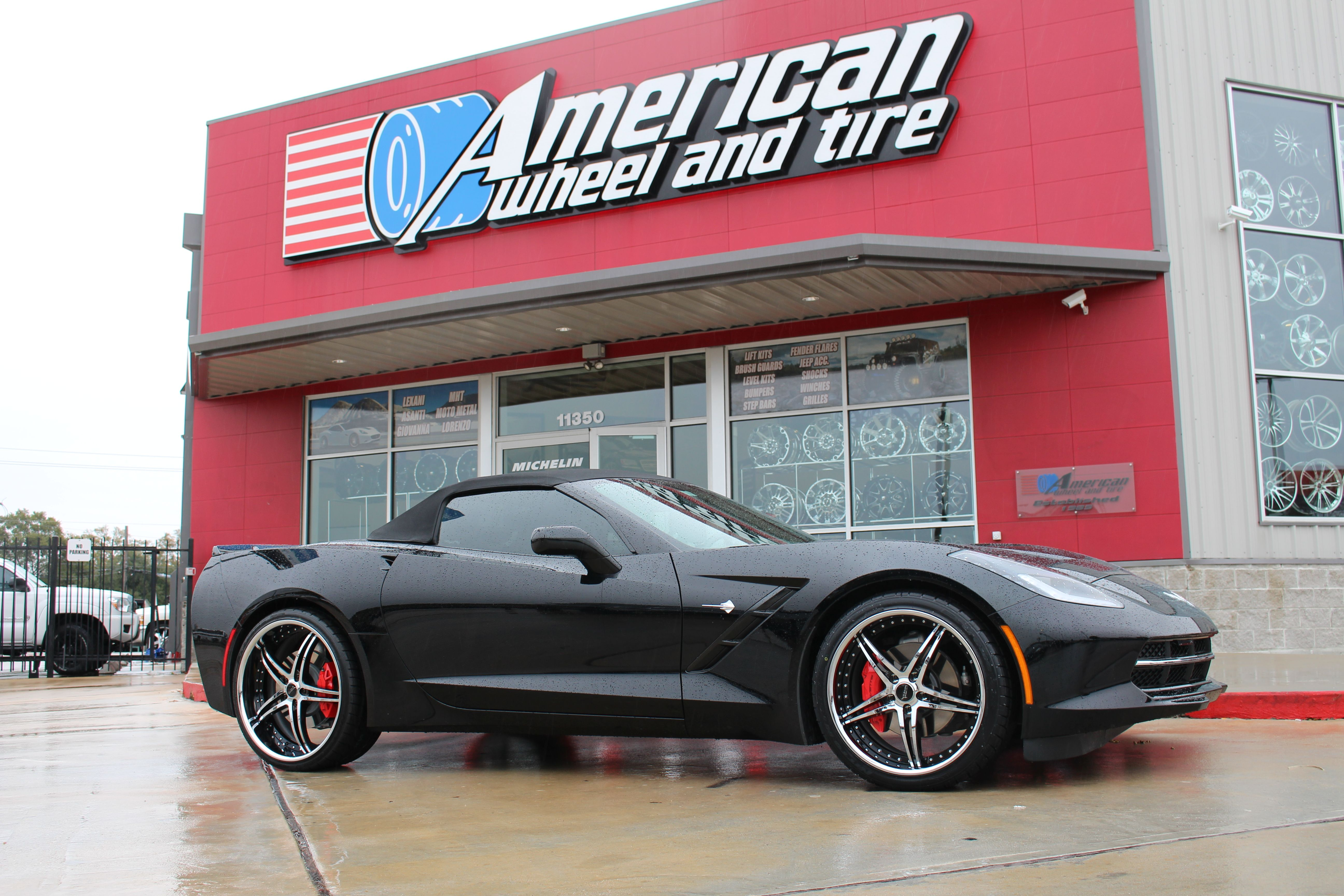 #SaviniBlackDiForza Wheels BS1 Two Piece in Custom Two Tone Chrome and Black on a #ChevroletCorvetteConvertible. 20x9 front with 255/35-20 and 22x10.5 rear with 295/25-22 #NittoNT555 tires. #Chevrolet #Corvette #SaviniWheels #Nitto - http://tinyurl.com/Savini-Black-Di-Forza