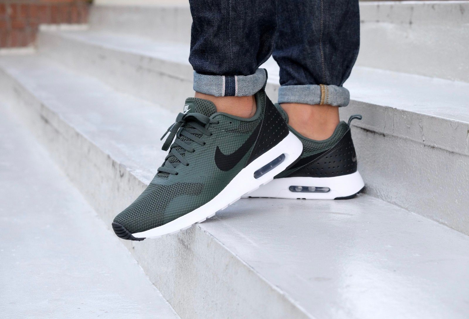 Nike Air Max Tavas Grove Green Black White 705149 305 in