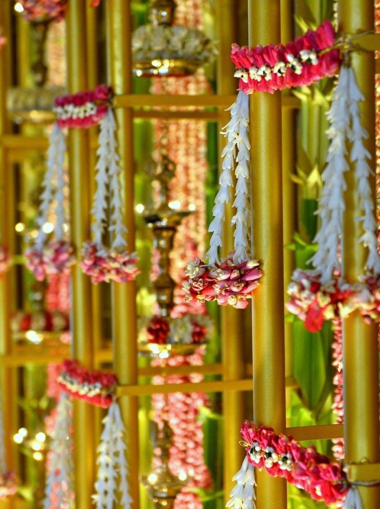 Weaving Flowers With Magic Indian Wedding DecorationsSouth