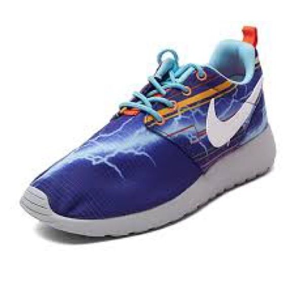 Nike Roshe Run Lightning Like New Lighting Print Color Deep Royal Blue White University Gold Style 677782 401 Shoes Athletic