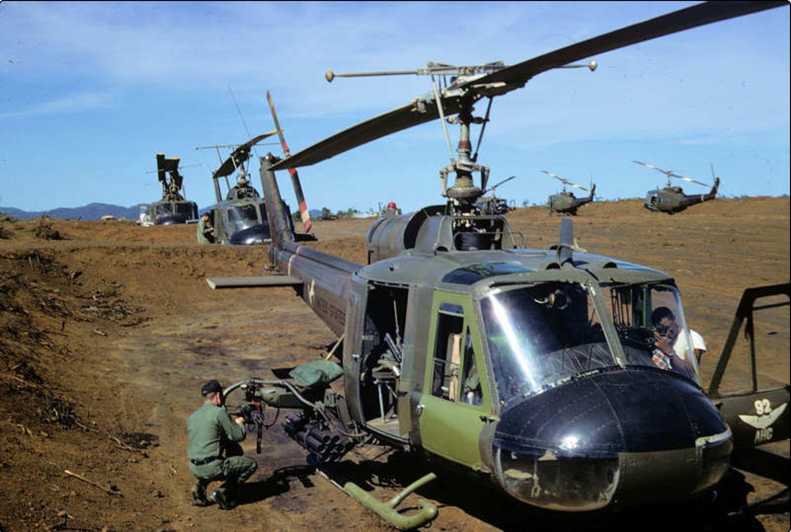 Pin by Brandy Maffit on Vietnam war Vietnam war photos