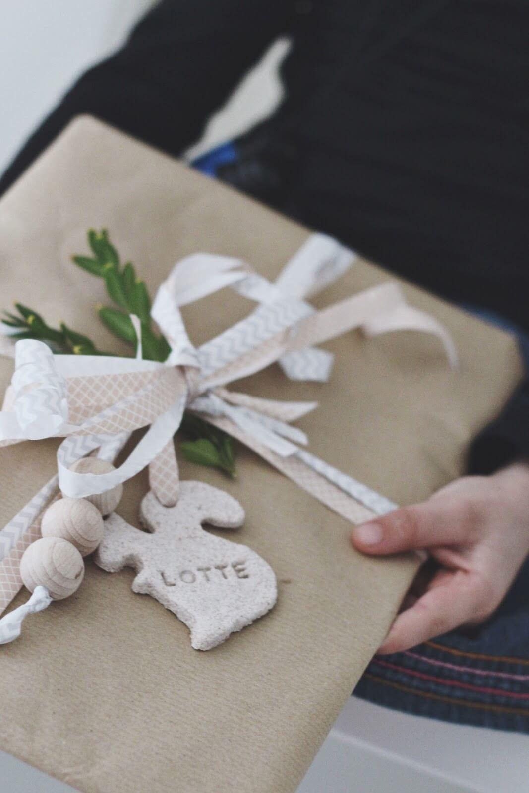 diy geschenkverpackung einfach selbst gestalten weihnachten pinterest salzteig. Black Bedroom Furniture Sets. Home Design Ideas
