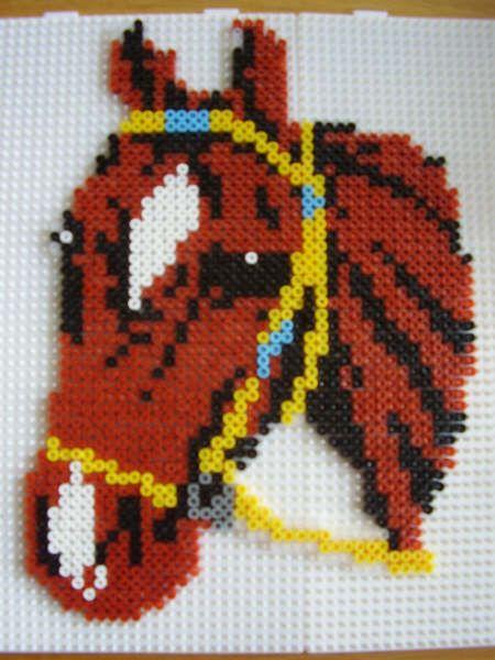 Pferd Bugelperlen Horse Hama Perler Beads Bugelperlen Kreativ