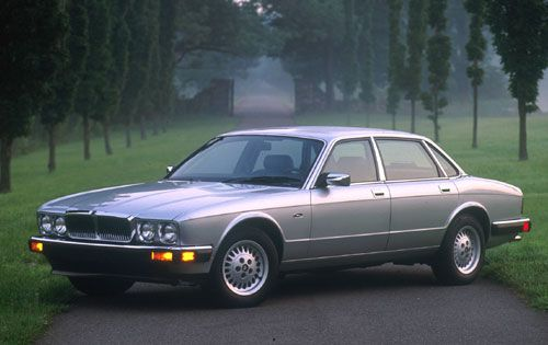 The 10 Best Looking Sedans Of 1991 With Images Classic Cars