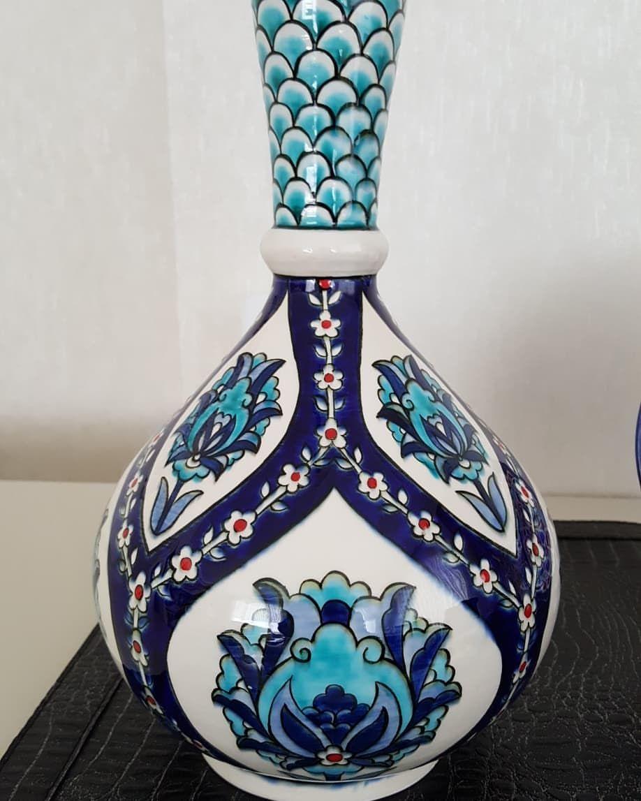 Instagram Da Her Renk Cini N Bir Masaldir Cini Dinlemeye Boyamaya Doyamazsin Cini Siralti Gozyasivazo Elisi S Fairy Tales Pottery Vase Color Tile