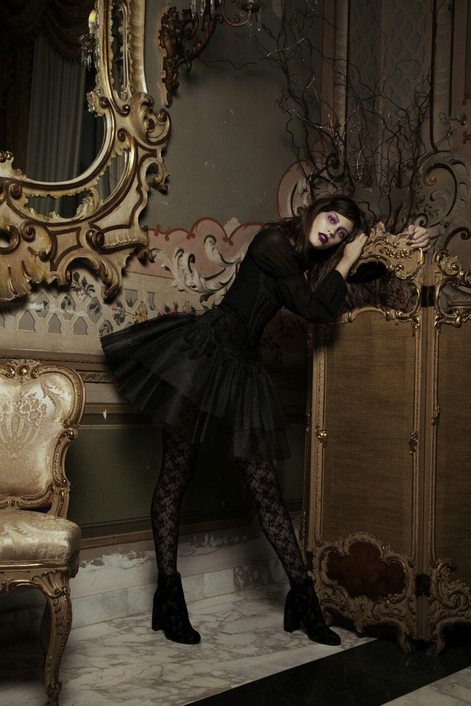 lady шпионка the dark