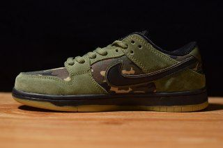 98a1b3acffc Mens Womens Skate Shoes Nike SB Zoom Dunk Low Classic Camo Medium Olive  Black Gum Light Brown 854866 209