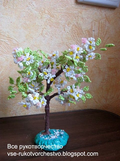 Blossoming apple tree bead
