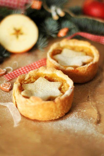 hami mnami: svieže jablkové koláčiky (pre časopis MIAU)
