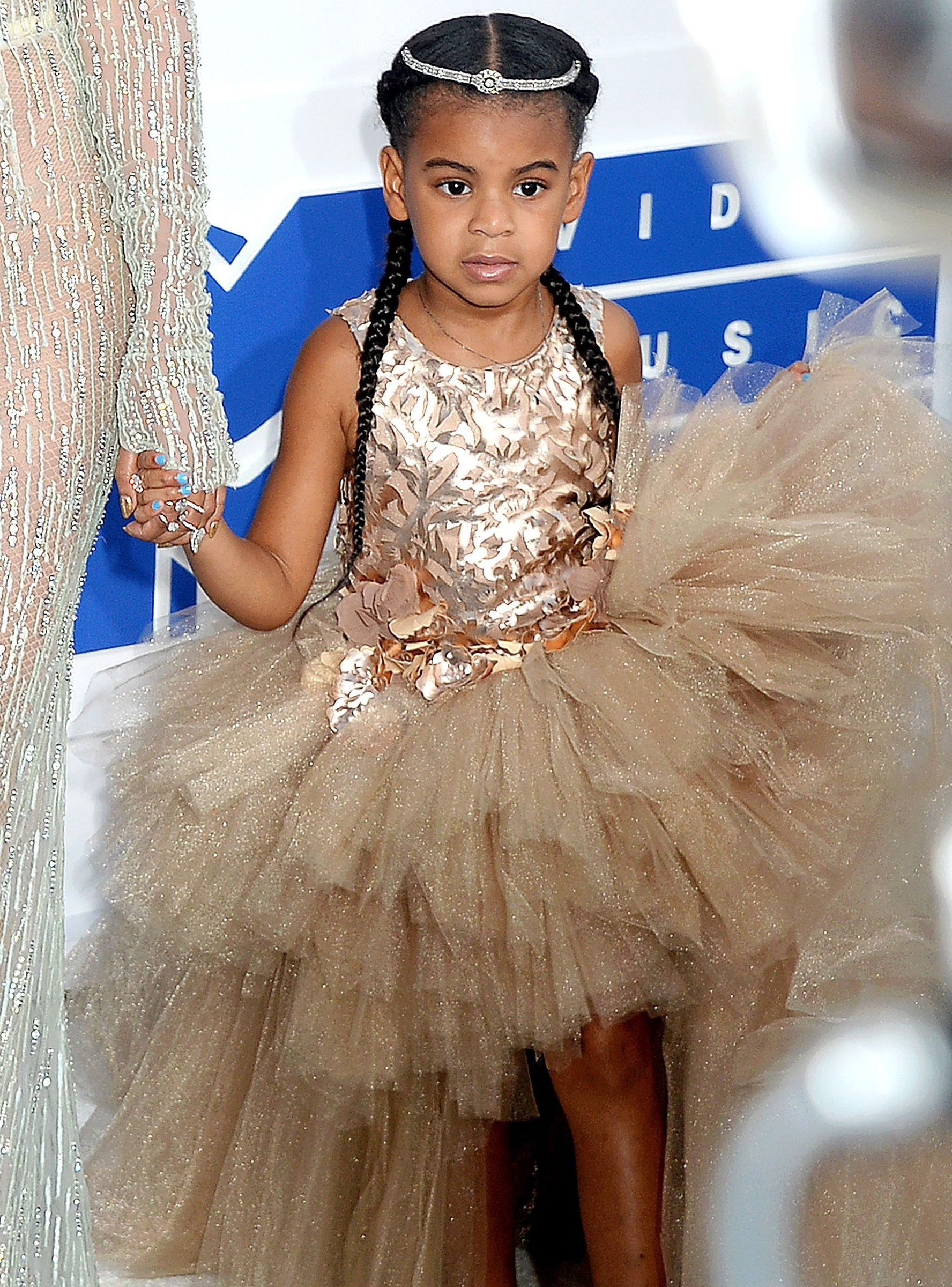 Please Stop Comparing Blue Ivy North West Blue Ivy Carter Blue Ivy Cute Little Girls Outfits