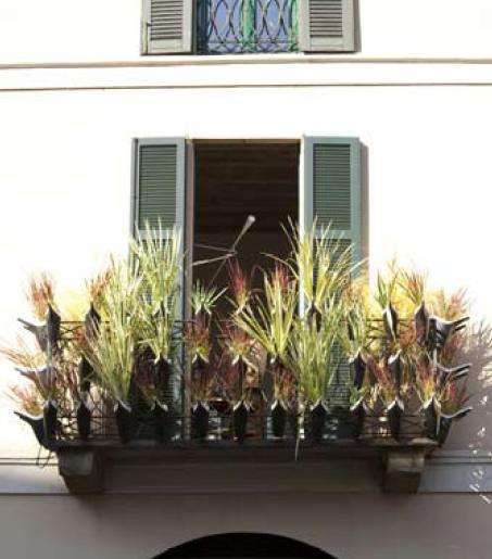 Oggetti utili per piccoli balconi arredare terrazzi e for Oggetti per arredare