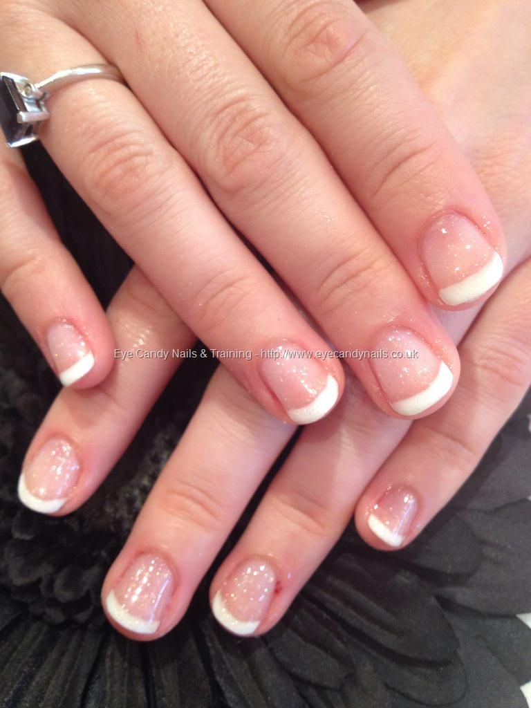Can\'t go wrong with a french overlay for summer! | Unghii ...