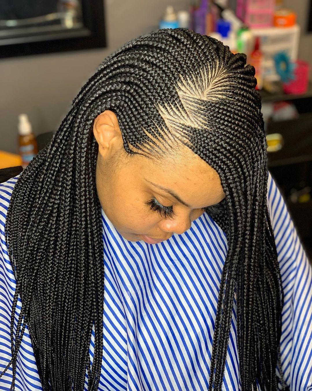"Layla ️🇸🇳 on Instagram: ""Side push back braid by Layla 🔥😍#lauderdalebraider #africanbraider # ..."