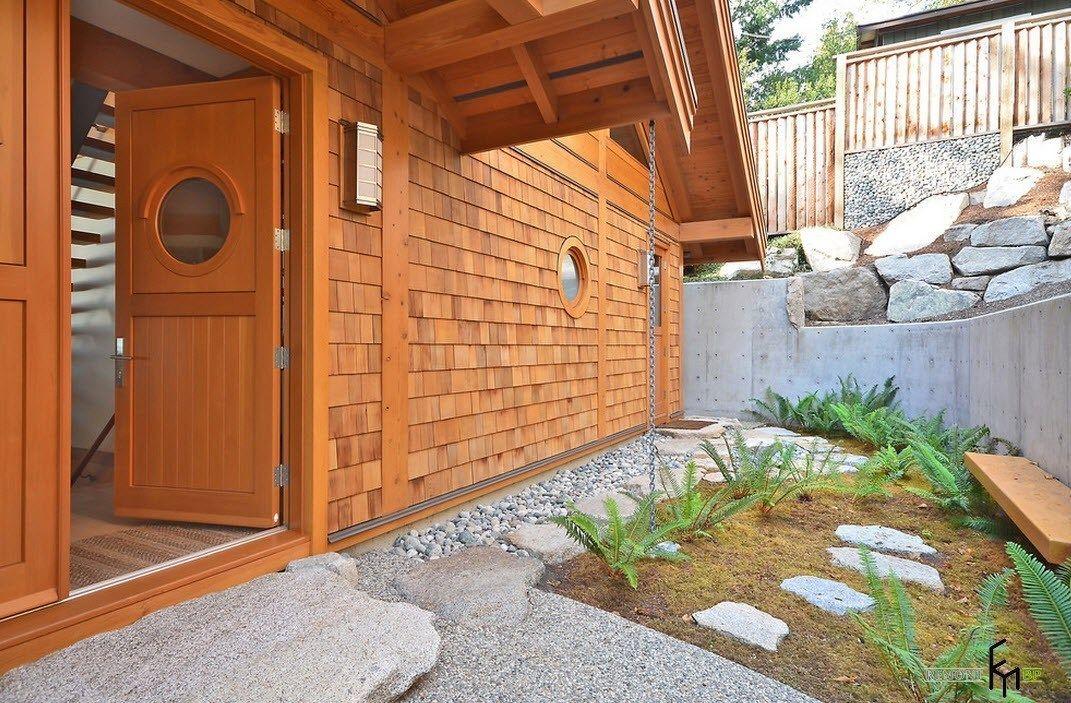 Дерево, камни и иллюминаторы   Дом, Дизайн, Открытая терраса