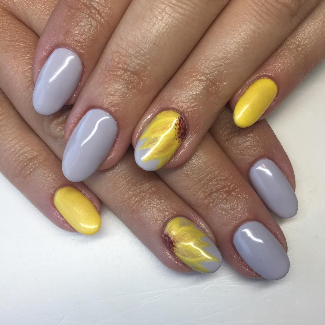 25 Gorgeous Yellow Nails to Spice Up Your Fashion