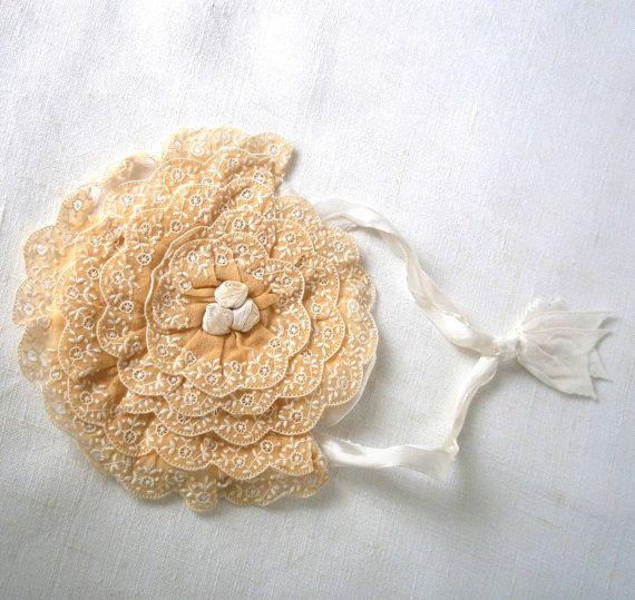 Français vintage sac en soie brodée. Première bourse de communion. début du XXe siècle