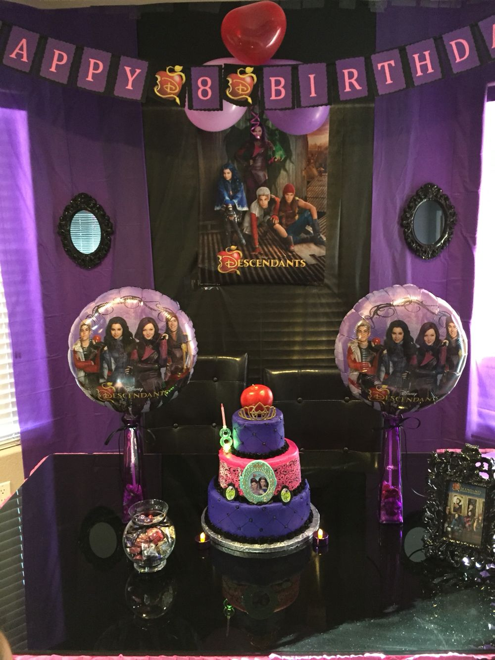 Descendants Party 4th Birthday Parties 8th Decorations Birthdays Disney