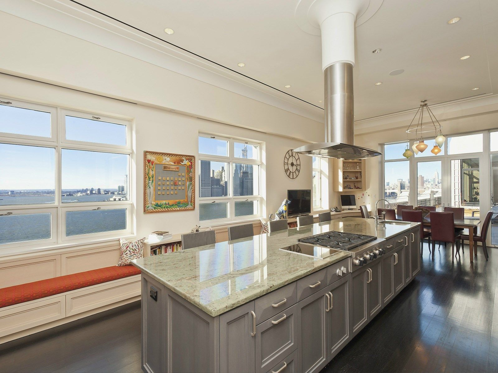View This Luxury Home Located At 360 Furman Street Apt 1131 Brooklyn, New  York, United States. Sothebyu0027s International Realty Gives You Detailed  Information ...