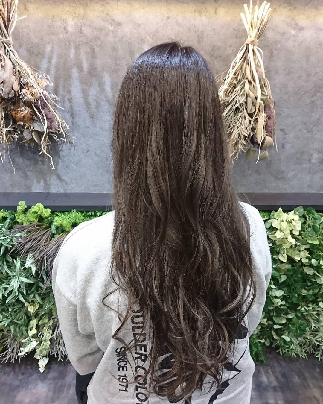 photo shared by 犬飼 佳子 agu hair ann 南松本店 on january 27 2020 tagging saya708 画像に含まれている可能性があるもの 1人以上 スーツ おしゃれ レディース カラートリートメント アッシュグレージュ