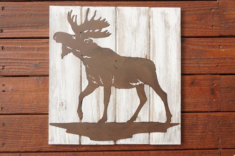 Large Moose Picture Cabin Decor Rustic Wood Wall Hanging Etsy Moose Lodge Decor Moose Decor Lodge Decor