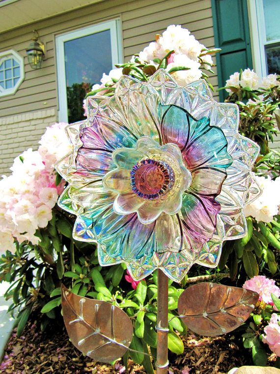 Vintage glass plate flower upcycled glass art plate for Garden art from old dishes
